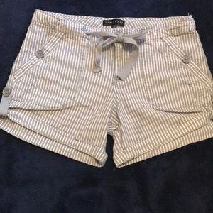 Ladies stripe shorts